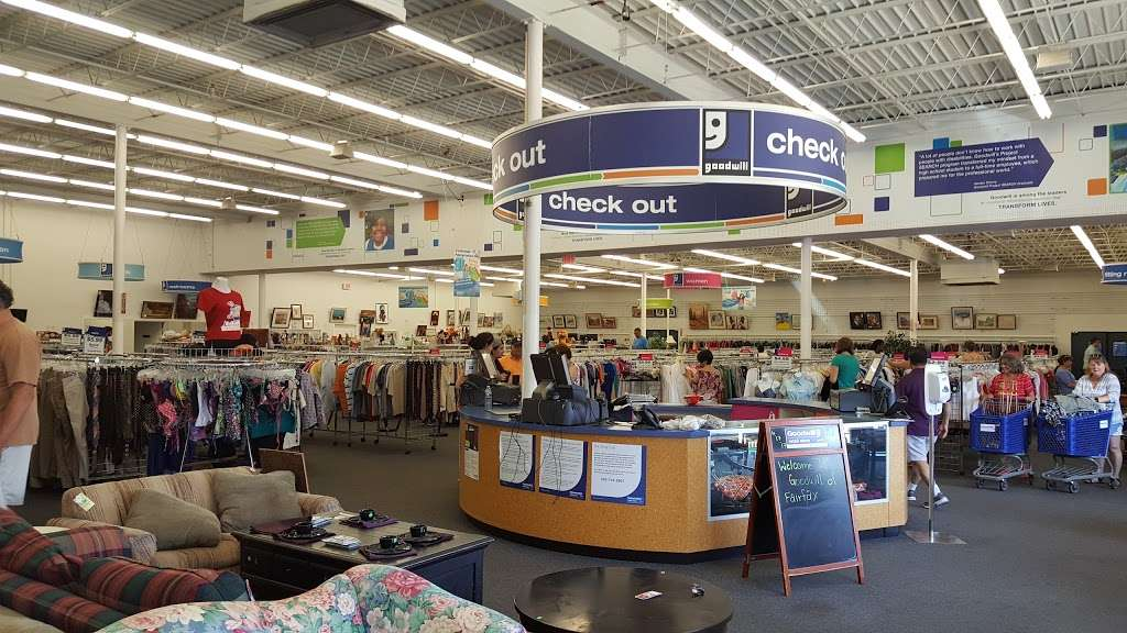 Goodwill Retail Store & Donation Center - clothing store    Photo 3 of 10   Address: 9960 Main Street, Fairfax, VA 22031, USA   Phone: (703) 349-1806