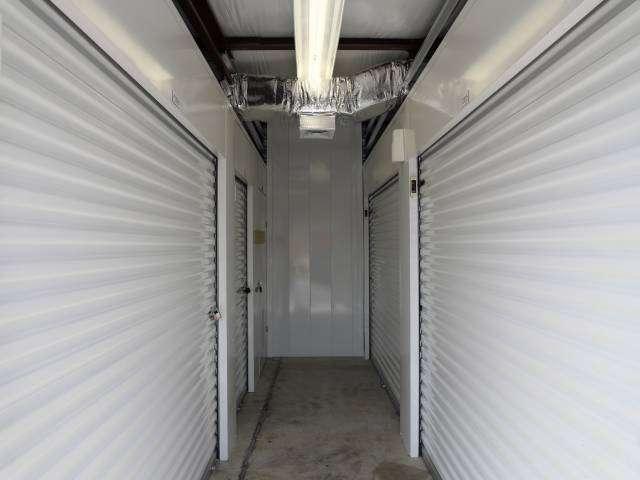 Storage Rentals of America - storage  | Photo 4 of 10 | Address: 100 E Scotland Dr, Bear, DE 19701, USA | Phone: (302) 786-0796