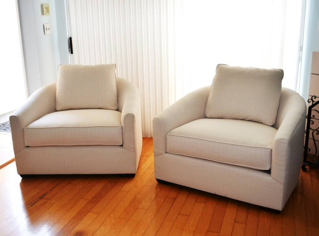Angelas Upholstery & Slipcovers Corp. - furniture store  | Photo 5 of 10 | Address: 1006 W 47th St, Los Angeles, CA 90037, USA | Phone: (323) 333-3715