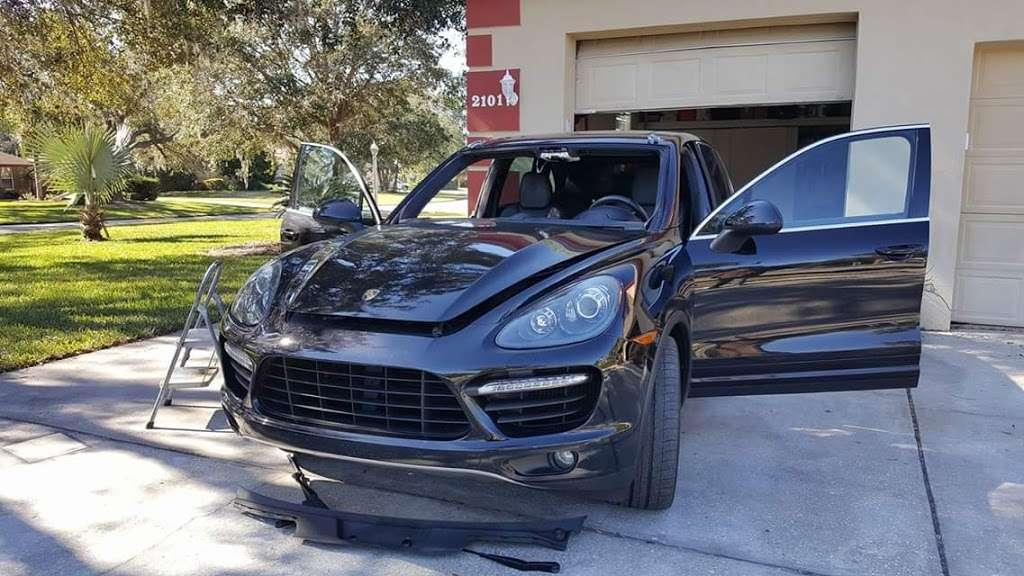 C-THRU AUTO GLASS LLC - car repair  | Photo 1 of 10 | Address: 349 Mantis Loop, Apopka, FL 32703, USA | Phone: (321) 972-3347