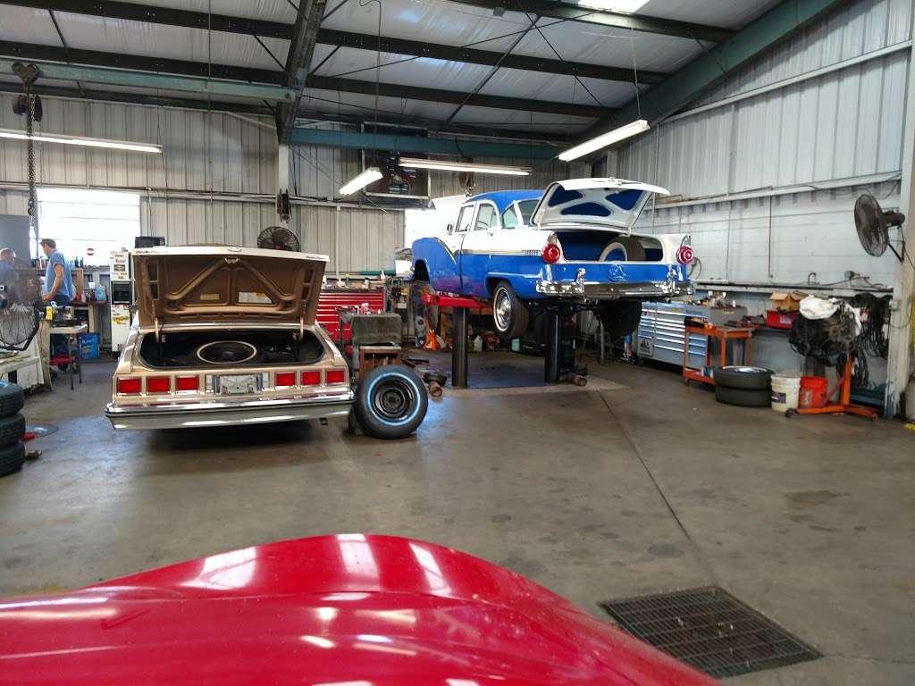 MJC Classic Cars - car dealer    Photo 9 of 10   Address: 355 S Lake Parker Ave, Lakeland, FL 33801, USA   Phone: (863) 944-8615