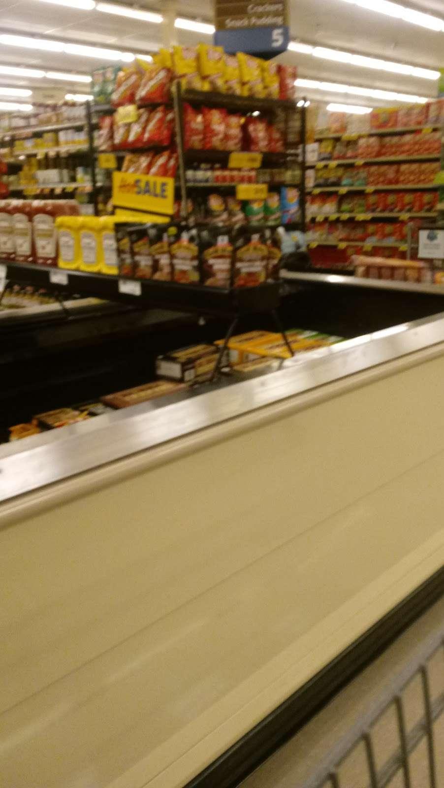 Food Lion - store  | Photo 6 of 10 | Address: 709 E McGregor St, Pageland, SC 29728, USA | Phone: (843) 672-7677
