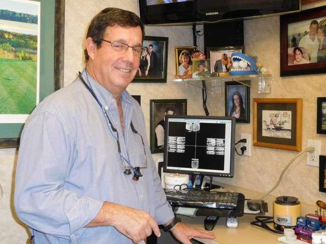 Alan Dorfman DDS - dentist    Photo 1 of 2   Address: 530 Old Country Rd #2F, Westbury, NY 11590, USA   Phone: (516) 334-4848
