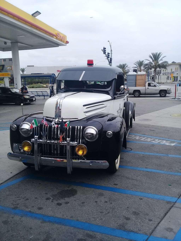 Shell - gas station  | Photo 6 of 10 | Address: 8901 Atlantic Ave, South Gate, CA 90280, USA | Phone: (323) 569-9636