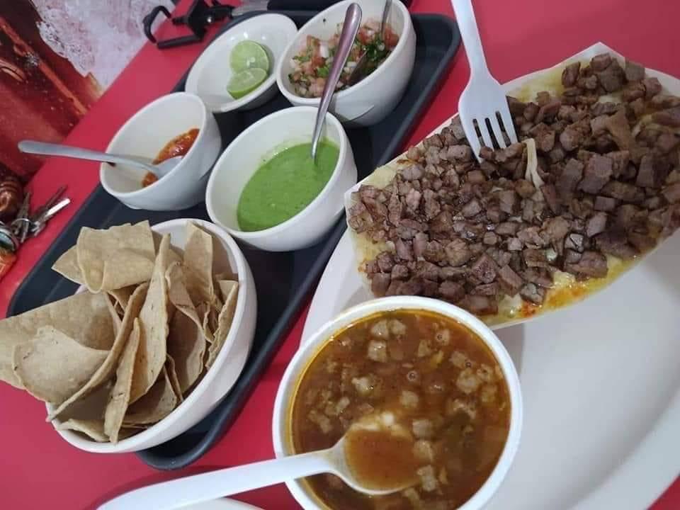 Tacos perry Los Tacos De La Raza - restaurant  | Photo 6 of 6 | Address: Bogota 552 Interior Bilbao Y, Belgrado, Fraccionamiento Los Ciruelos, 88290 Nuevo Laredo, Tamps., Mexico | Phone: 867 265 8270