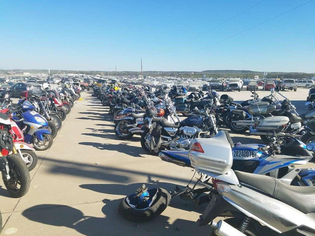 Copart - Dallas - car dealer  | Photo 5 of 10 | Address: 505 Idlewild Rd Building 1, Grand Prairie, TX 75051, USA | Phone: (972) 263-2711