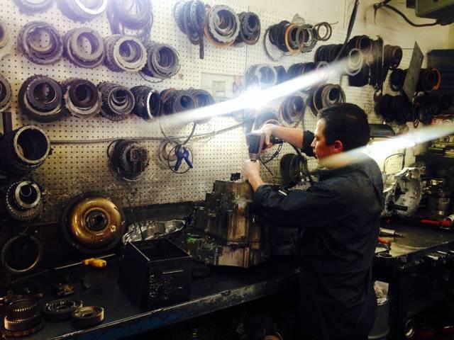 OCHOA TRANSMISSION SPECIALISTS - car repair  | Photo 3 of 6 | Address: 4397 W Florida Ave, Denver, CO 80219, USA | Phone: (303) 935-1222