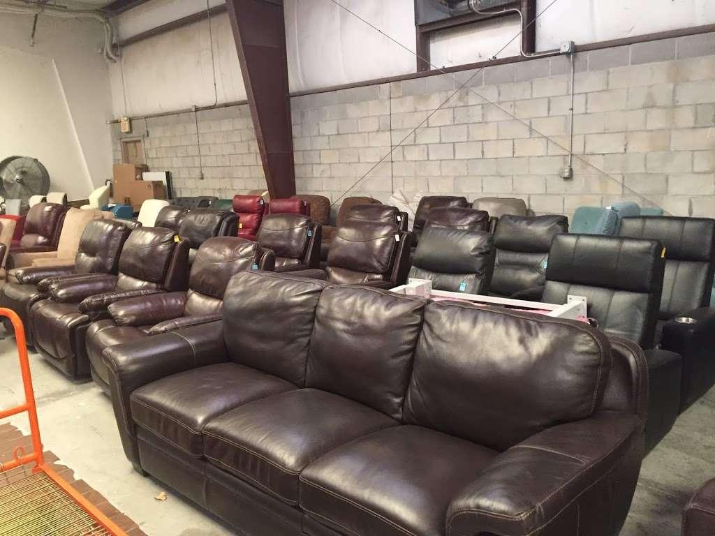HD Wholesale - furniture store  | Photo 7 of 10 | Address: 3036 Kananwood Ct #1016, Oviedo, FL 32765, USA | Phone: (407) 716-0725