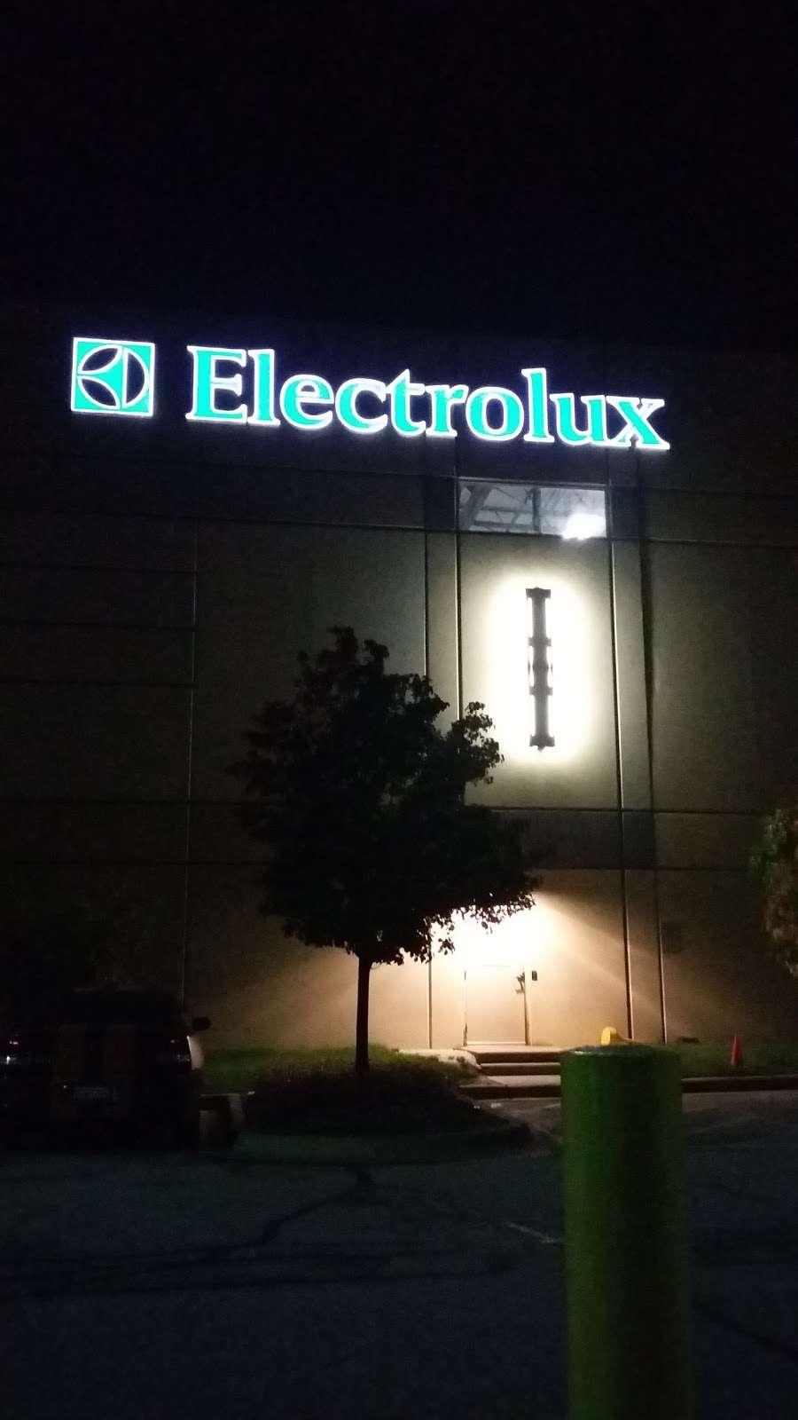 Electrolux - storage  | Photo 7 of 8 | Address: 801 Mid Point Rd, Minooka, IL 60447, USA | Phone: (815) 521-2200
