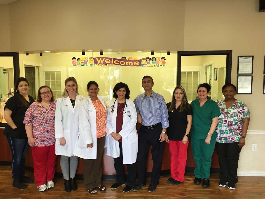Luv N Care Pediatrics: AMBREEN ASLAM, M.D., ANNA PEREZ-SILVA, M. - doctor  | Photo 6 of 10 | Address: 11811 Fallbrook Dr b, Houston, TX 77065, USA | Phone: (832) 237-8882
