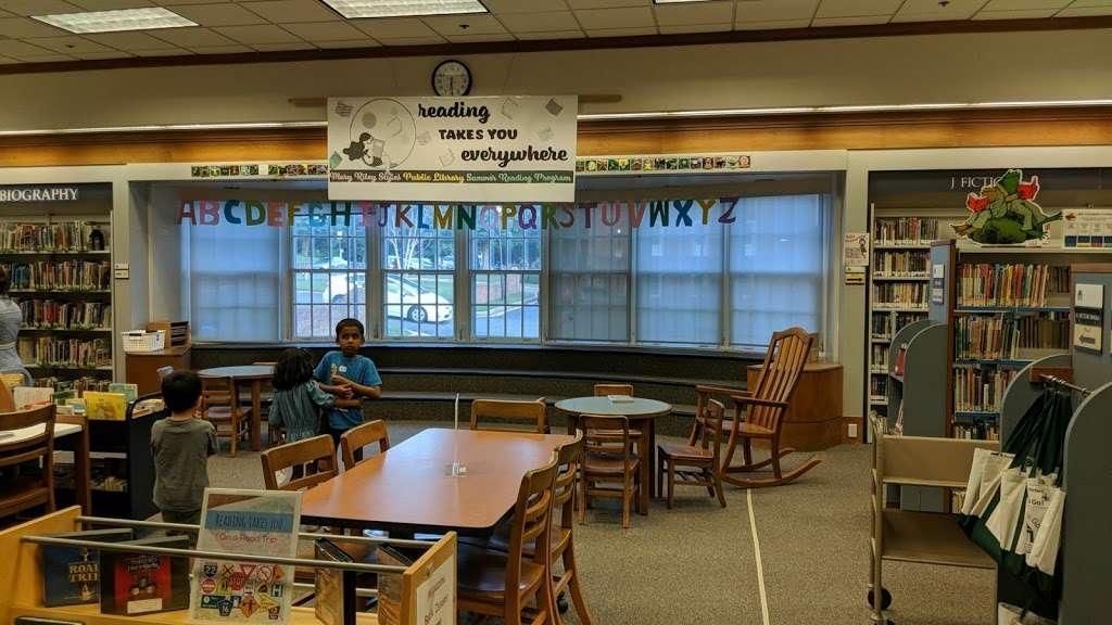 Mary Riley Styles Public Library - library  | Photo 9 of 10 | Address: 120 N Virginia Ave, Falls Church, VA 22046, USA | Phone: (703) 248-5030
