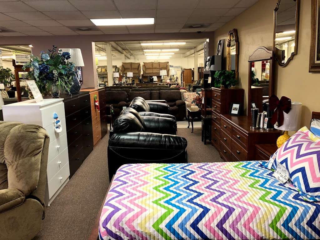 Budget Furniture - furniture store  | Photo 5 of 10 | Address: 1000 Roosevelt Ave, York, PA 17404, USA | Phone: (717) 848-2003