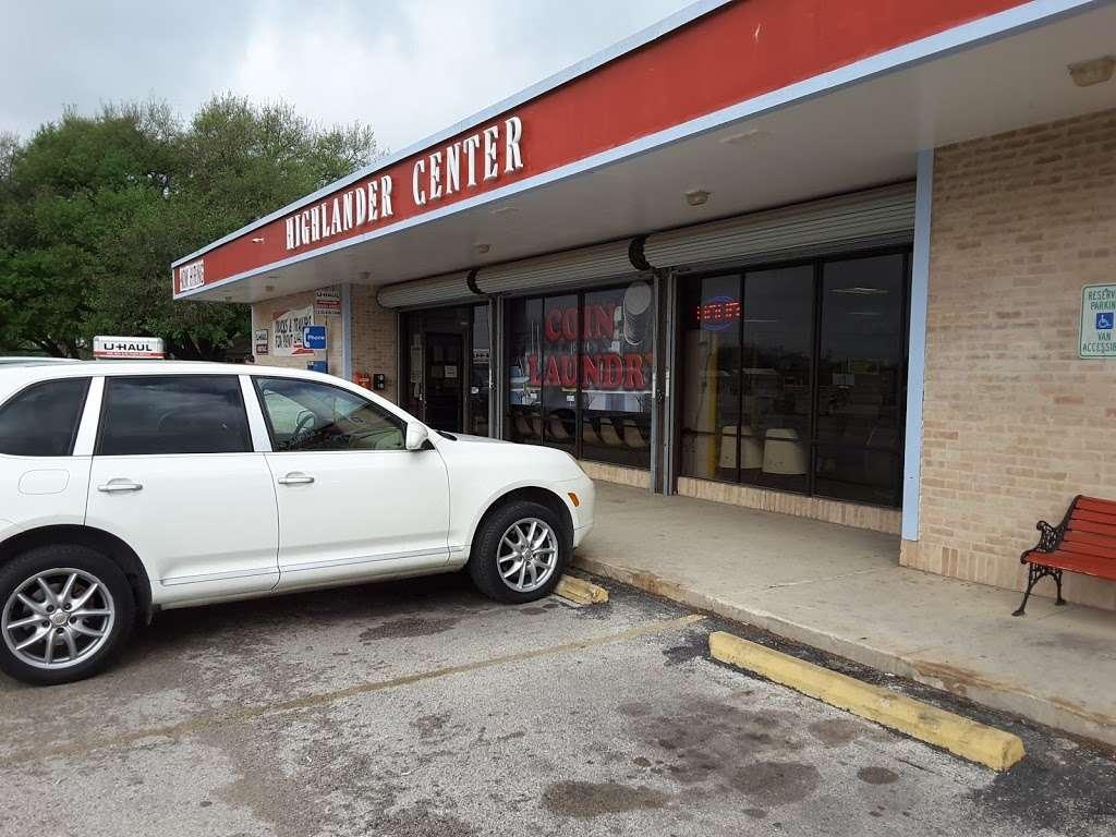 Highlander Center - laundry  | Photo 4 of 9 | Address: 405 Main St #403, Schertz, TX 78154, USA | Phone: (210) 659-7608