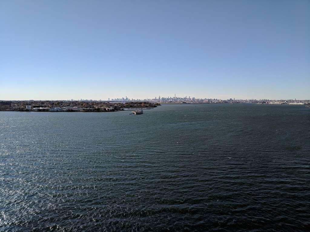 Waterfront Garden - park    Photo 8 of 10   Address: 2013 Gildersleeve Ave, Bronx, NY 10473, USA   Phone: (718) 617-1241