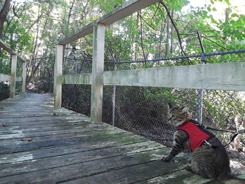 Wheelabrator Wildlife Refuge and Butterfly Garden - park  | Photo 2 of 8 | Address: West Deptford, NJ 08093, USA | Phone: (856) 742-1484