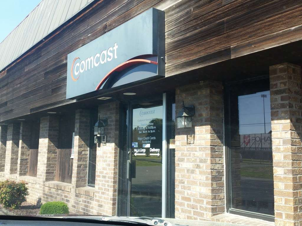 Comcast Service Center - electronics store  | Photo 1 of 5 | Address: 6465 Hobbs Rd, Salisbury, MD 21804, USA | Phone: (888) 266-2278