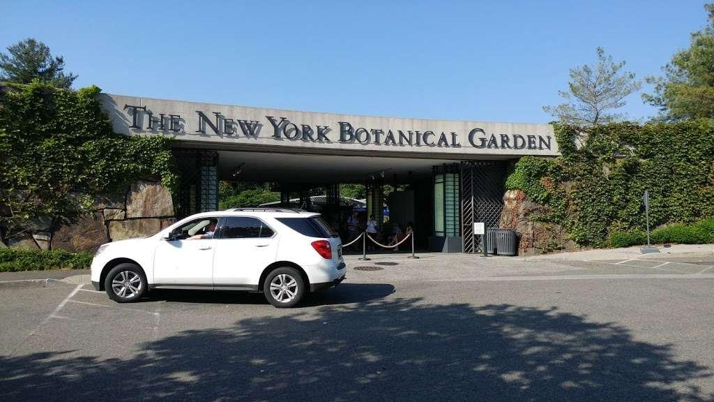 Botanical Garden - train station    Photo 5 of 10   Address: Bronx, NY 10458, USA