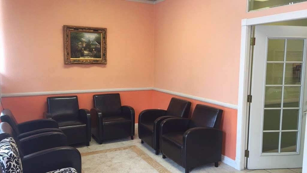 Happy Smile Dental Office - dentist  | Photo 6 of 9 | Address: 8654 Foothill Blvd b, Sunland-Tujunga, CA 91040, USA | Phone: (818) 353-1615