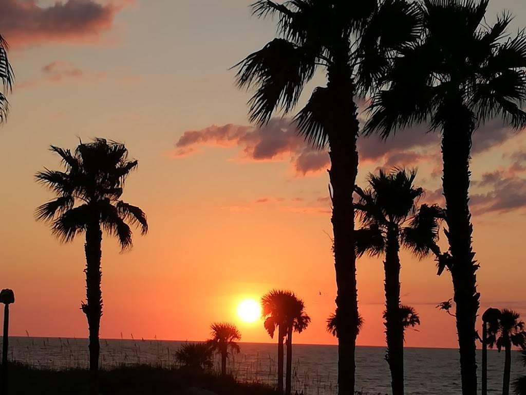 Beachview Clearwater - lodging  | Photo 7 of 8 | Address: 325 S Gulfview Blvd, Clearwater Beach, FL 33767, USA | Phone: (727) 461-7695