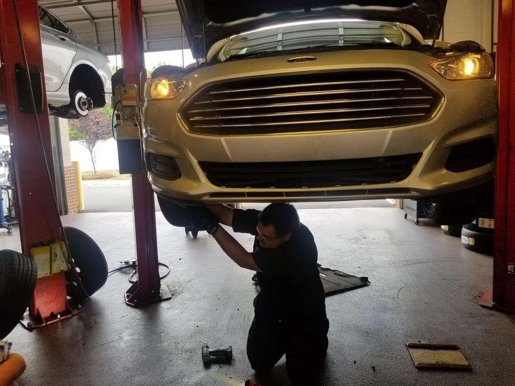 Mavis Discount Tire - car repair  | Photo 6 of 10 | Address: 15054 Idlewild Rd, Matthews, NC 28104, USA | Phone: (980) 290-5118