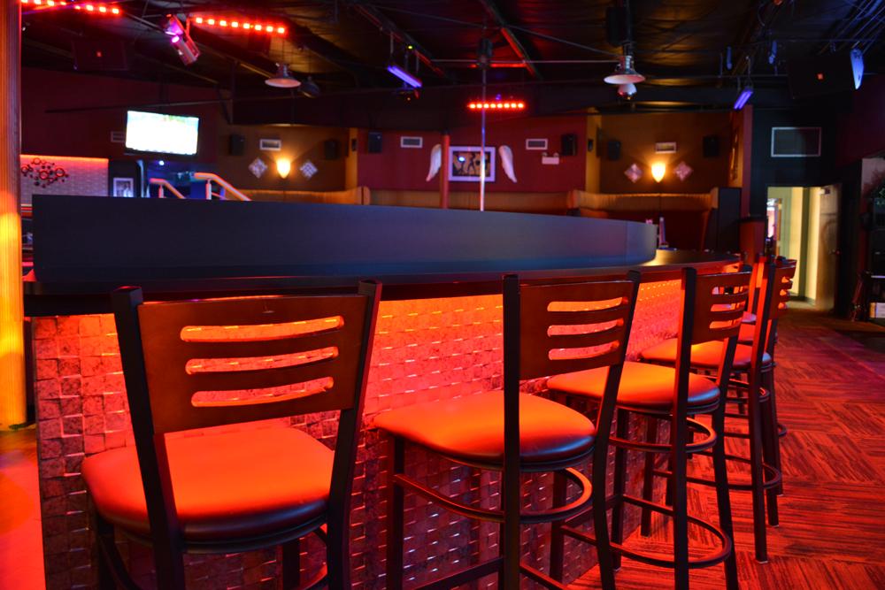 Club 390 - night club  | Photo 10 of 10 | Address: 390 E Joe Orr Rd, Chicago Heights, IL 60411, USA | Phone: (708) 758-2582