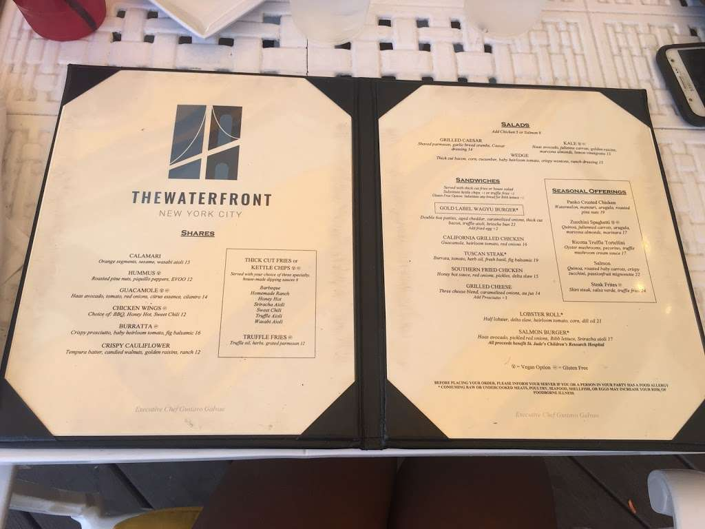 The Waterfront NYC - restaurant  | Photo 10 of 10 | Address: 500 Hutchinson River Pkwy, Bronx, NY 10465, USA | Phone: (718) 414-1577