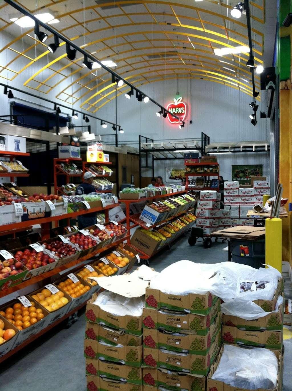 T. M. Kovacevich Wholesale Fruit and Produce - store  | Photo 1 of 10 | Address: 6700 Essington Ave, Philadelphia, PA 19153, USA | Phone: (215) 336-3160