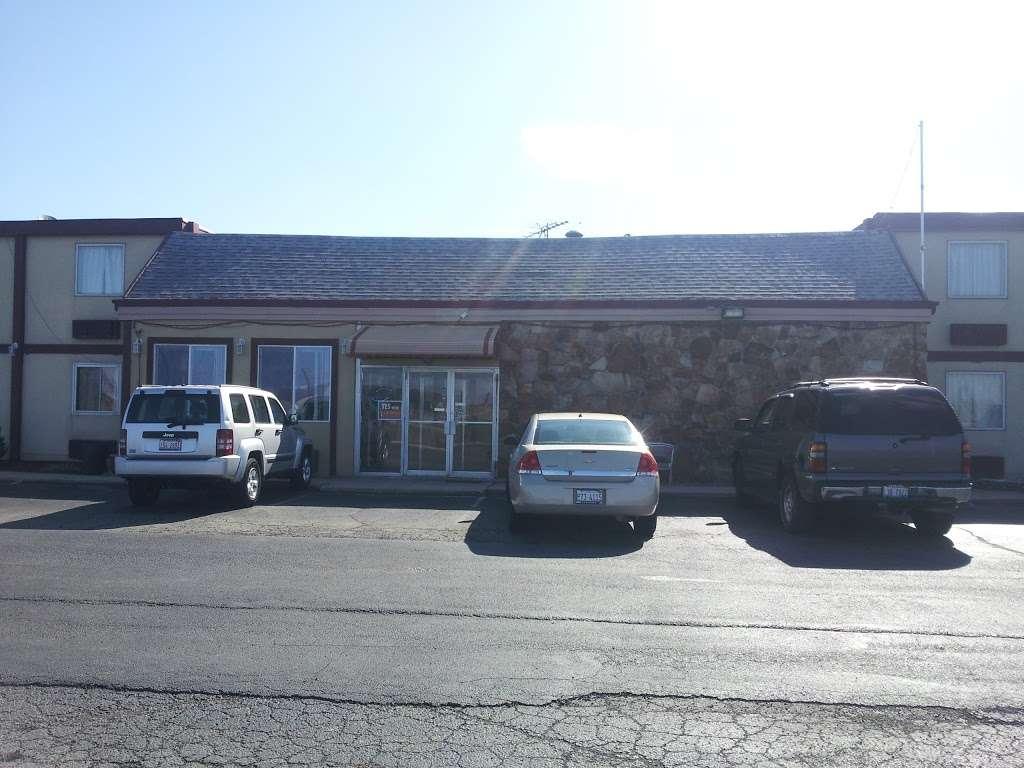 Sun Motel - lodging  | Photo 8 of 10 | Address: 140 S Hickory St, Braidwood, IL 60408, USA | Phone: (815) 458-2812