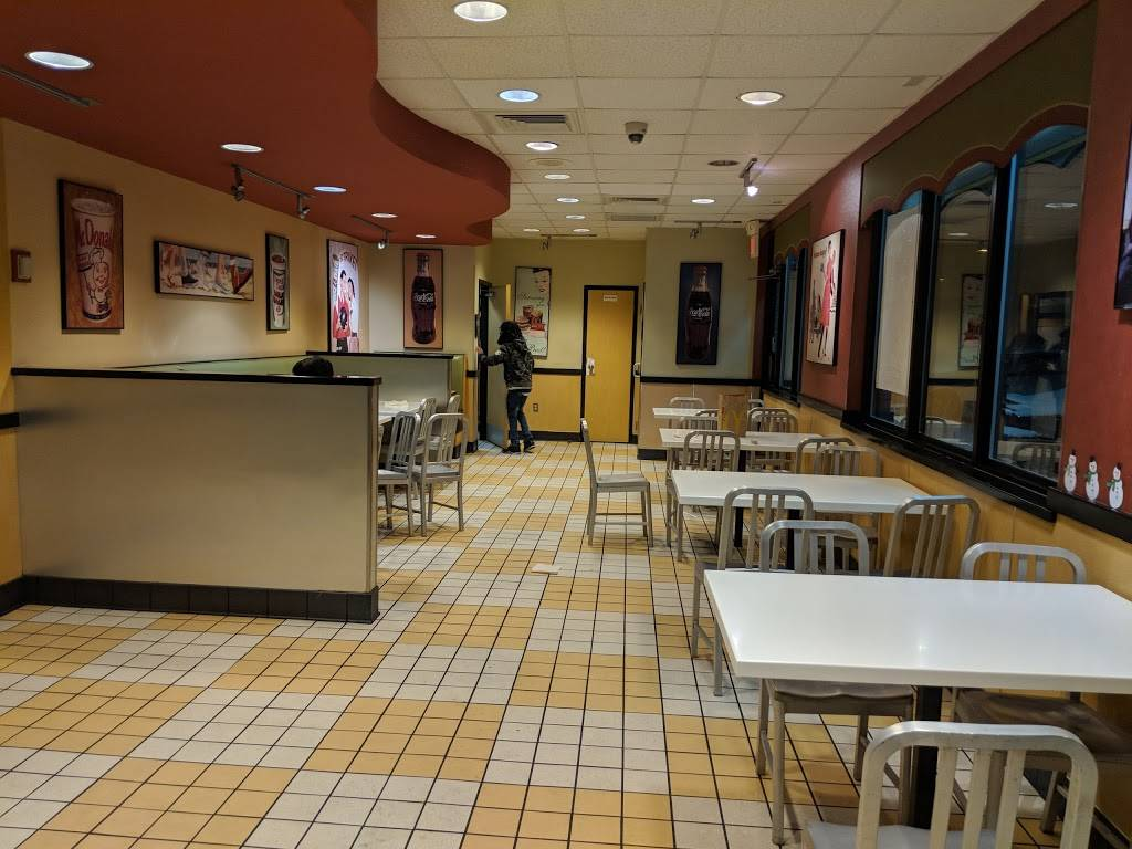 McDonalds - cafe  | Photo 1 of 10 | Address: 6350 Tussing Rd, Reynoldsburg, OH 43068, USA | Phone: (614) 864-4454