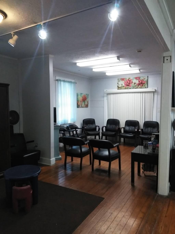 Dorenes Salon & Spa - hair care  | Photo 1 of 4 | Address: 721 W St Bernard Hwy #4824, Chalmette, LA 70043, USA | Phone: (504) 271-8343