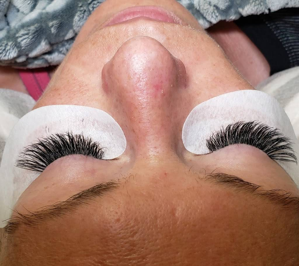 Eyelash And Skin Boutique - spa  | Photo 8 of 10 | Address: 12990 Walsingham Rd, Largo, FL 33774, USA | Phone: (727) 641-0170