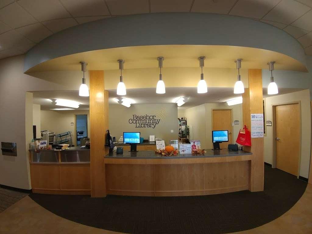Basehor Community Library - library  | Photo 8 of 10 | Address: 1400 158th St, Basehor, KS 66007, USA | Phone: (913) 724-2828
