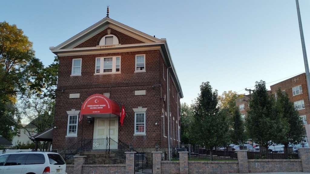 TARF Bergen Diyanet Camii - mosque  | Photo 5 of 10 | Address: 240 Knox Ave, Cliffside Park, NJ 07010, USA | Phone: (201) 840-8065