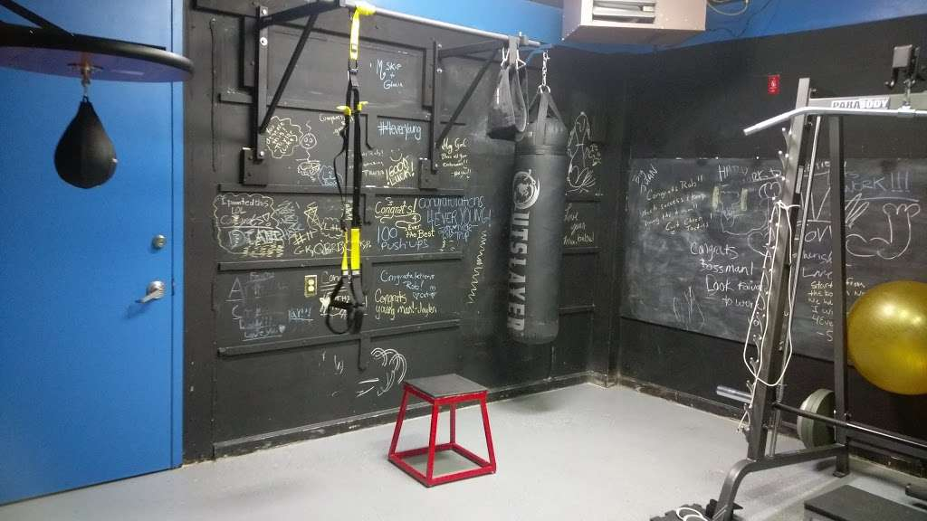 4ever Young Fitness And Performance LLC - gym  | Photo 4 of 10 | Address: 76 Harrison Ave, Garfield, NJ 07026, USA | Phone: (732) 979-4267