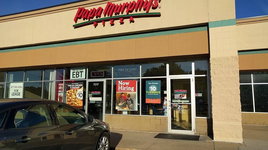 Papa Murphys | Take N Bake Pizza - meal takeaway  | Photo 1 of 3 | Address: 7017 10th St N, Oakdale, MN 55128, USA | Phone: (651) 730-7272