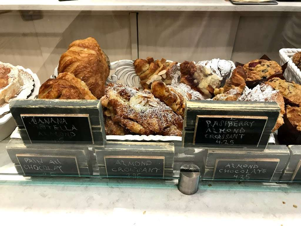 Patisserie Florentine - bakery  | Photo 9 of 10 | Address: 280 E 10th St, New York, NY 10009, USA | Phone: (212) 995-0300