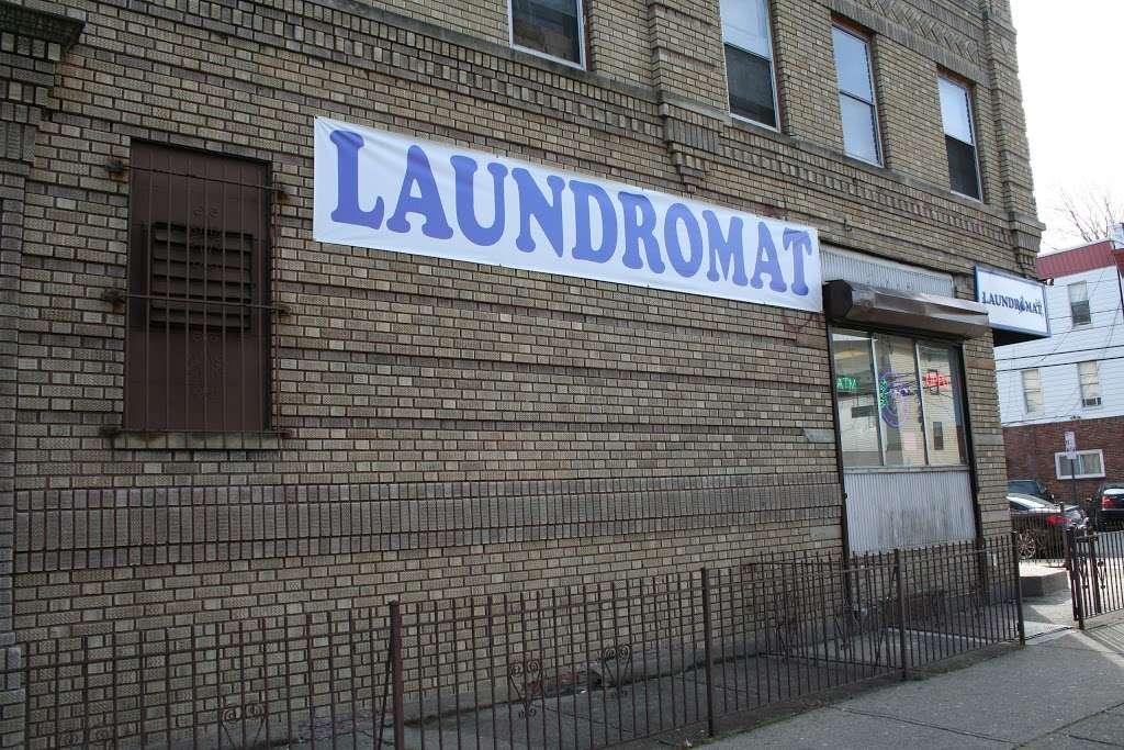 Senor Bubbles Laundromat & Dry Cleaner - laundry  | Photo 8 of 10 | Address: 456 Baldwin Ave, Jersey City, NJ 07306, USA | Phone: (201) 656-3471