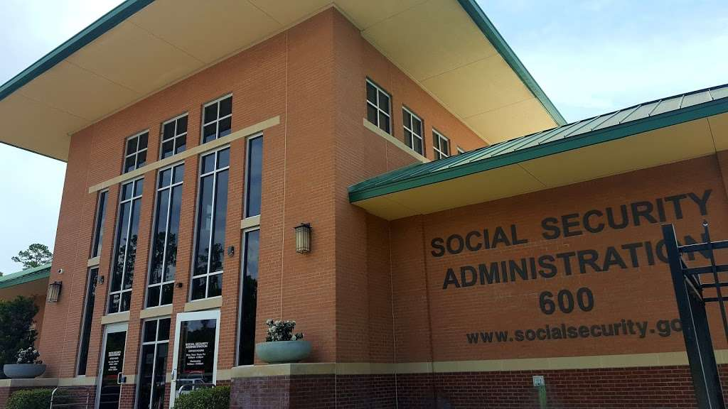 Social Security Administration - local government office  | Photo 2 of 4 | Address: 600 Sgt Ed Holcomb Blvd N, Conroe, TX 77304, USA | Phone: (800) 772-1213