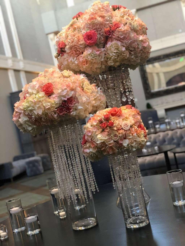 Normas Flower Shop - florist  | Photo 2 of 9 | Address: 3641, 36601 Newark Blvd #81, Newark, CA 94560, USA | Phone: (510) 793-7255
