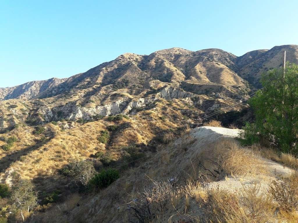 Lopez Canyon Park - park  | Photo 8 of 10 | Address: 12801 Lopez Canyon Rd, Sylmar, CA 91342, USA | Phone: (310) 924-2296