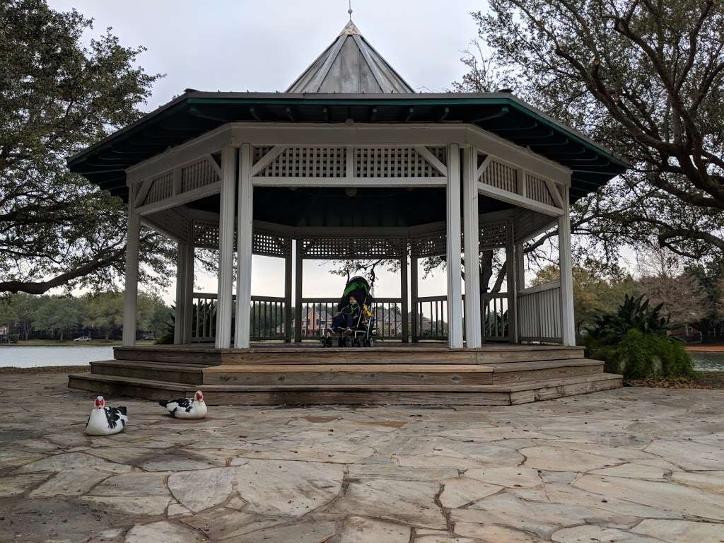 Pecan Park - park  | Photo 7 of 9 | Address: Pecan Orchard Blvd, Sugar Land, TX 77479, USA | Phone: (281) 565-0616