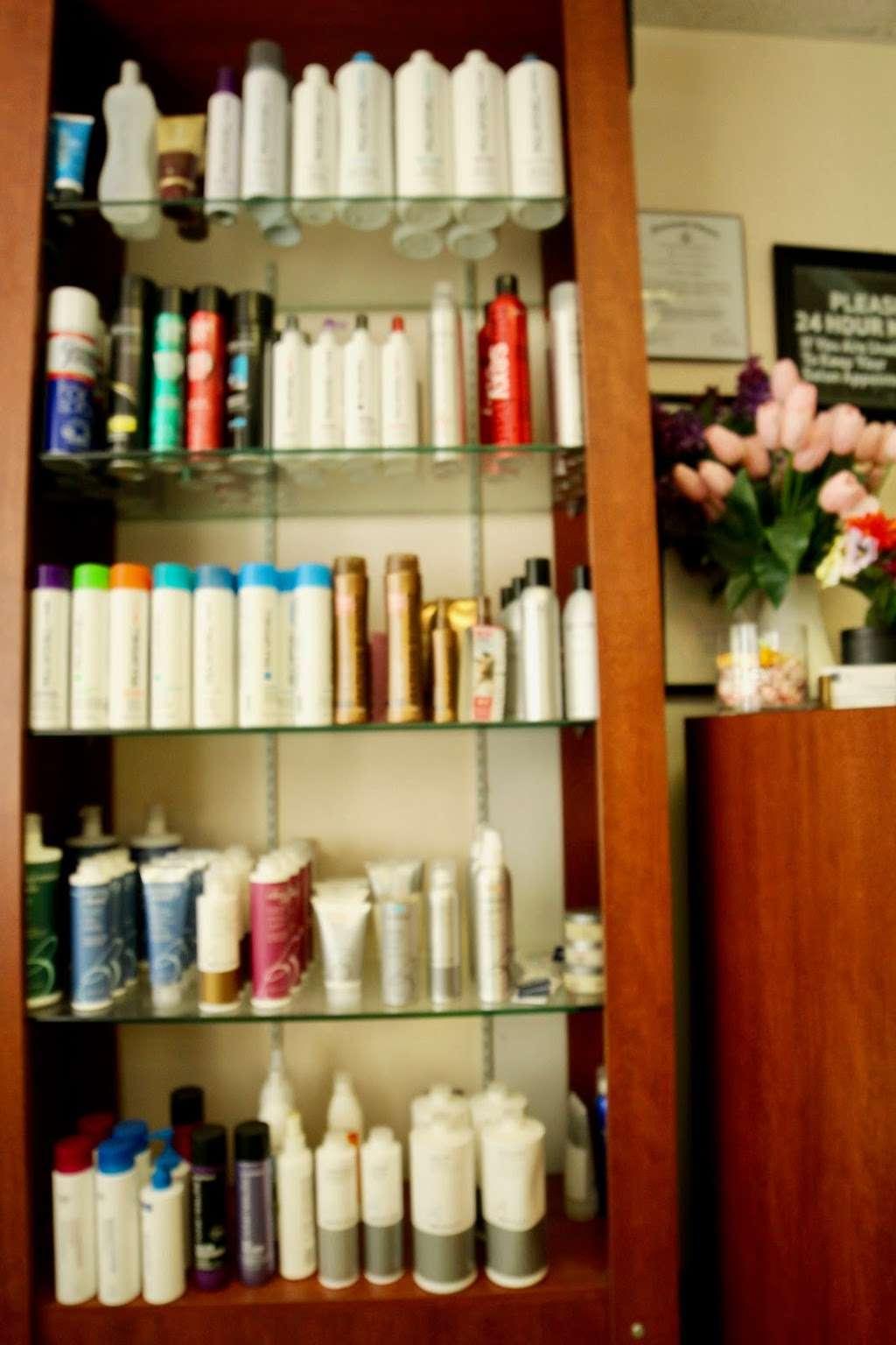 Fort Hunt Hair Design - hair care    Photo 7 of 8   Address: 2406, 1900 Elkin St # 1, Alexandria, VA 22308, USA   Phone: (703) 780-1671