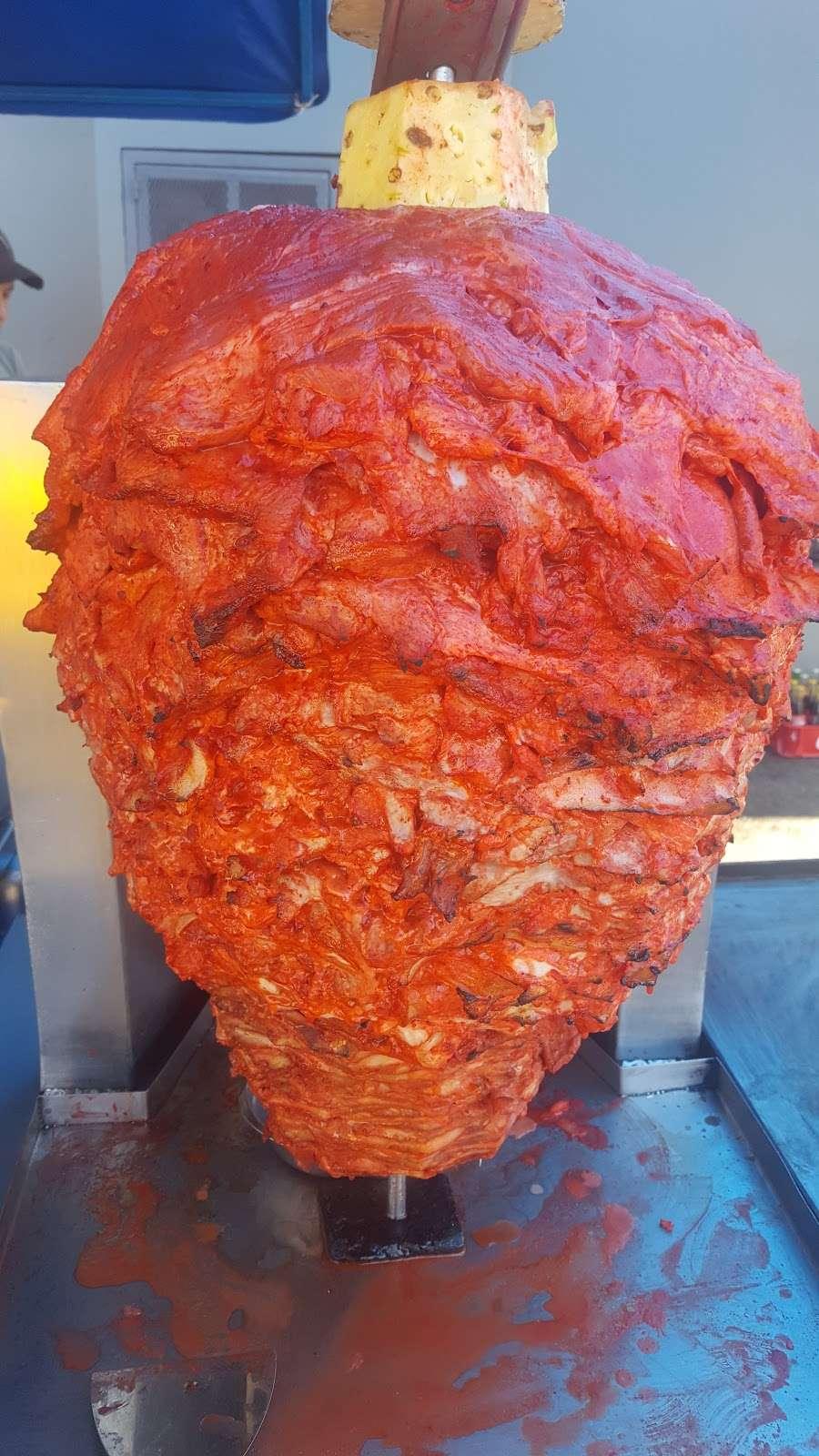 tacos noemi - restaurant    Photo 2 of 8   Address: Av. Ignacio Allende 7096, Azcona, 22100 Tijuana, B.C., Mexico
