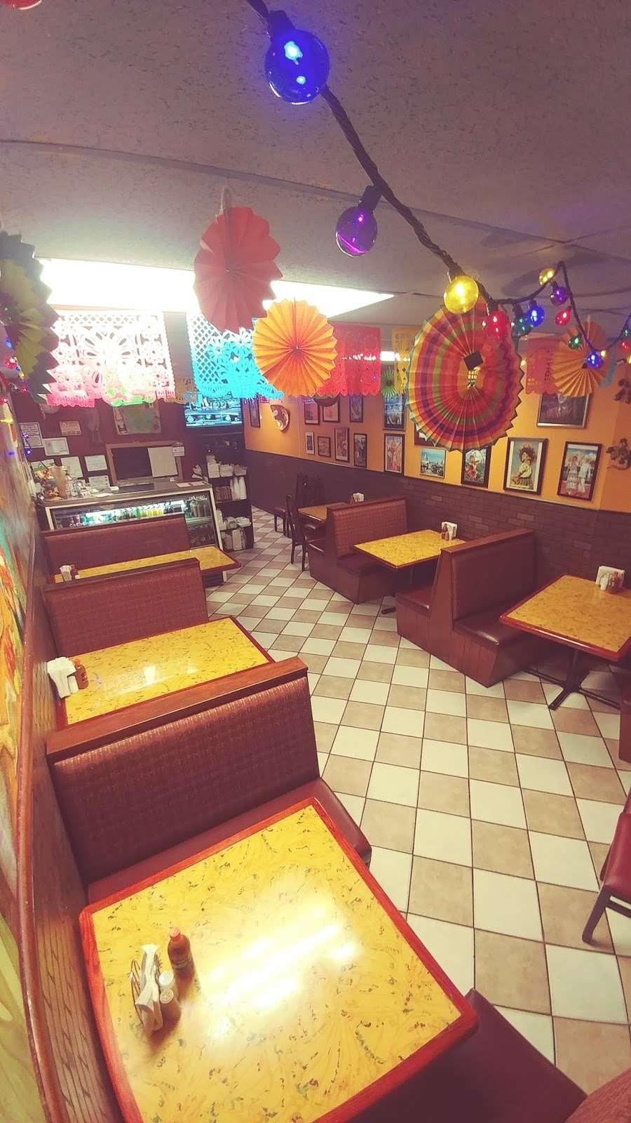 El Pueblo Mexican restaurant - restaurant  | Photo 1 of 10 | Address: 7124 Aloma Ave, Winter Park, FL 32792, USA | Phone: (407) 677-5534