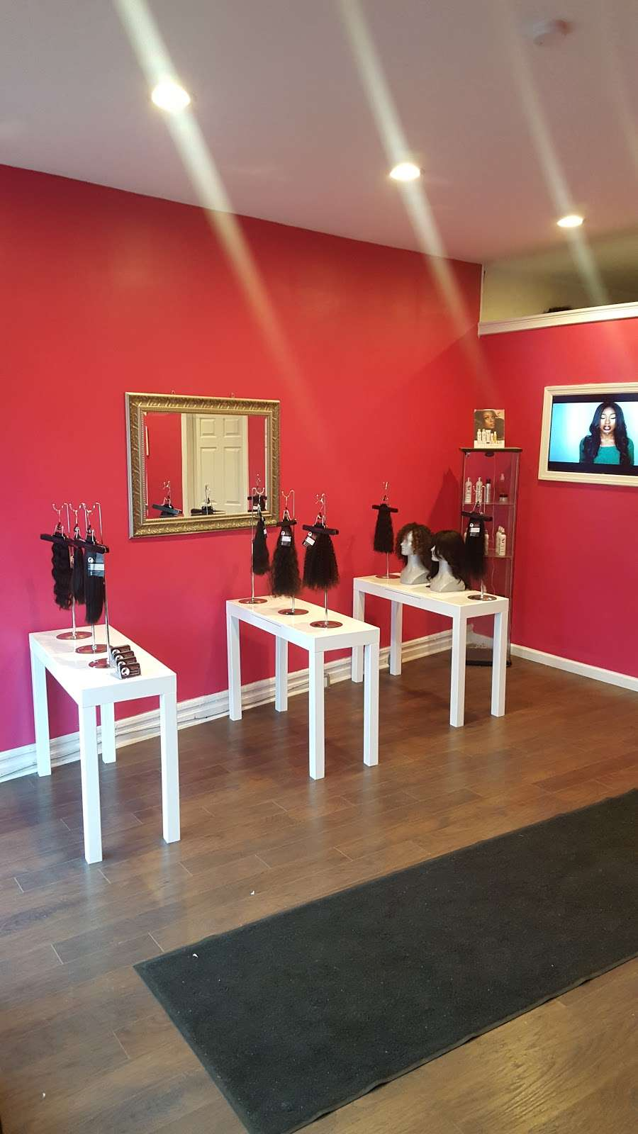 Ultimate Hair World - hair care    Photo 9 of 10   Address: 16 Molter Pl, Bloomfield, NJ 07003, USA   Phone: (973) 622-6900