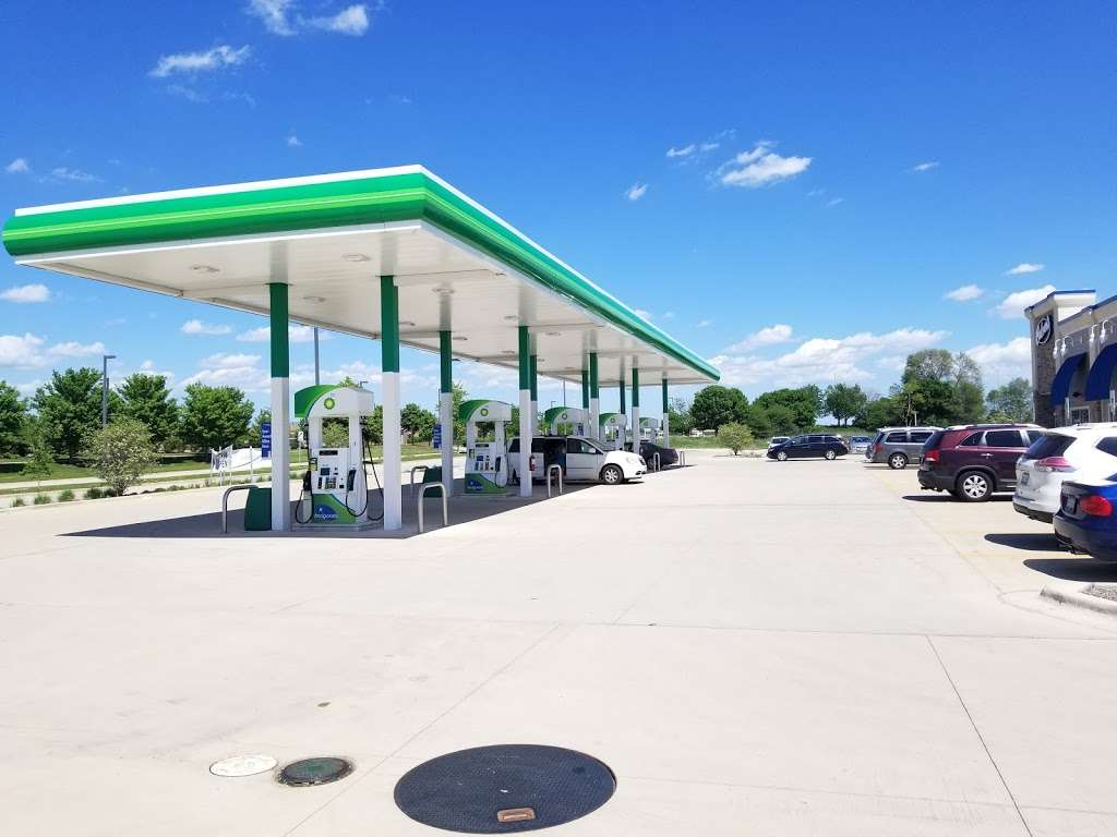BP Oasis by 59 - gas station  | Photo 1 of 4 | Address: 4665 Hoffman Blvd, Hoffman Estates, IL 60192, USA | Phone: (224) 802-2119