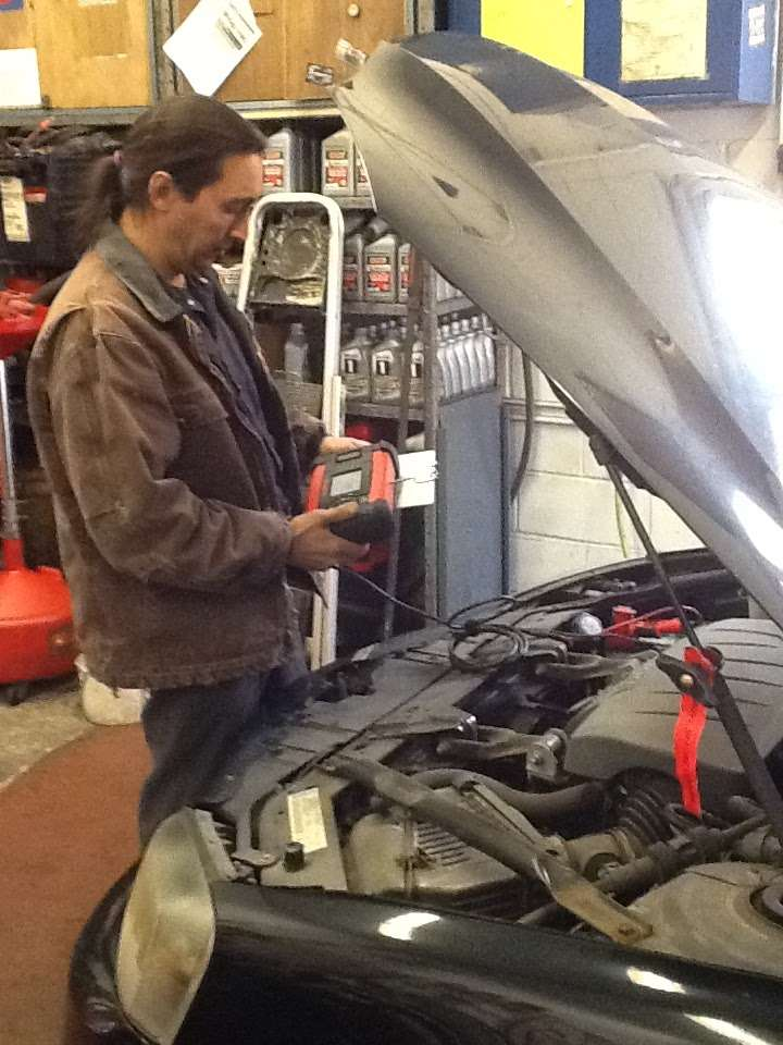 Toms Service Center - car repair  | Photo 1 of 3 | Address: 151 W Fort Lee Rd, Bogota, NJ 07603, USA | Phone: (201) 489-6036