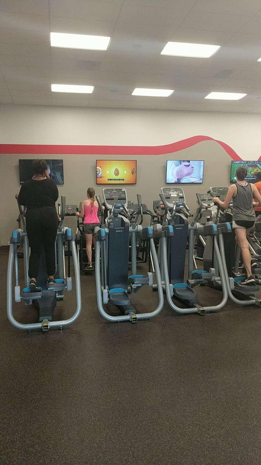 Cook/Douglass Recreation Center - gym  | Photo 10 of 10 | Address: 50 Biel Rd, New Brunswick, NJ 08901, USA | Phone: (848) 932-8700