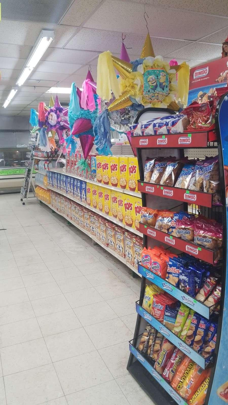 Latino Market - convenience store  | Photo 10 of 10 | Address: 7806 N 27th Ave, Phoenix, AZ 85051, USA | Phone: (602) 973-5326