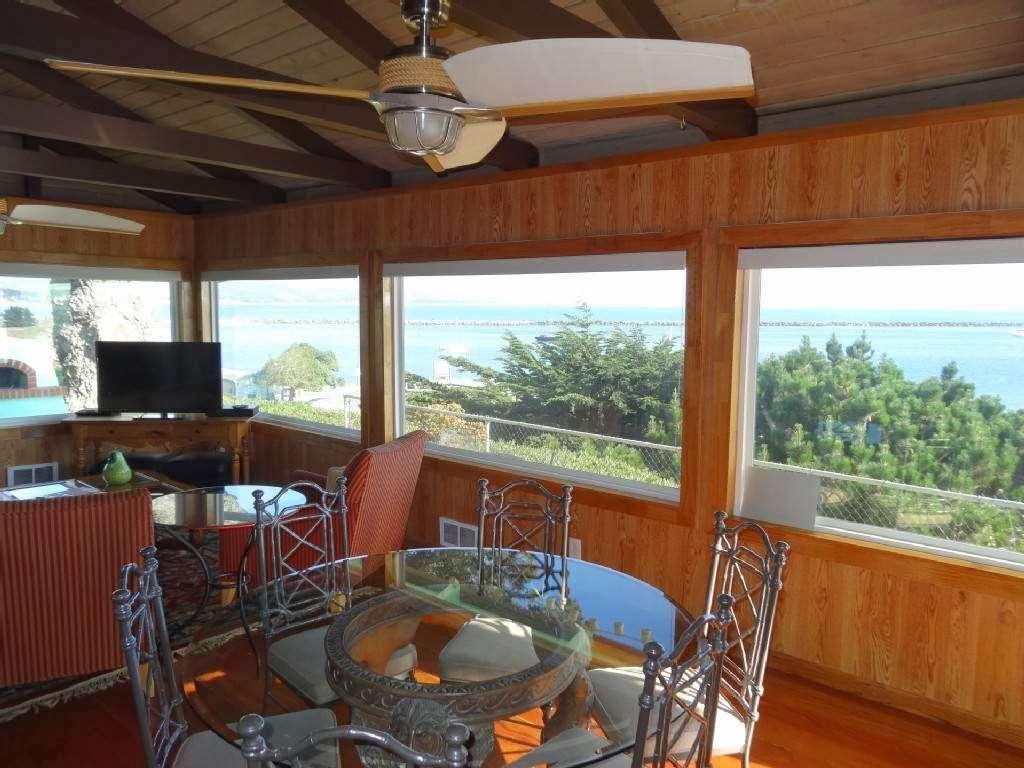 Coastal Rentals Vacation Homes - real estate agency    Photo 1 of 7   Address: 11820 Cabrillo Hwy N, El Granada, CA 94018, USA   Phone: (650) 260-4536